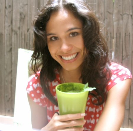 I usually wait longer to drink my breakfast- sometimes 11 or noon, but today I was too excited to try my new Green Smoothie combo out! And it is so nice to be out in my backyard in the morning time. :)